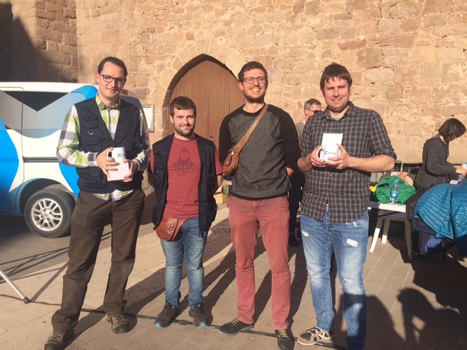 Jordi Gibert i Pep Acosta, a la dreta de la imatge, amb els companys de RTV Cardedeu